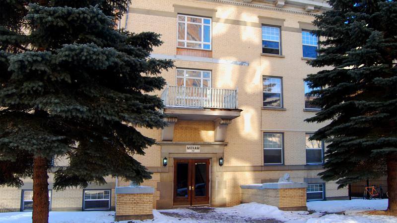 Moxam Apartments