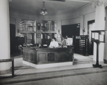 library circulation desk 1912